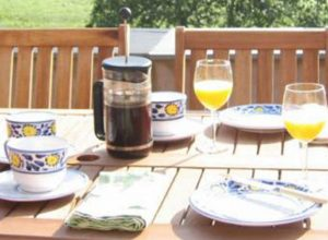 Breakfast_on_the_Terrace-300x220